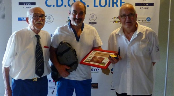 AS CASINO natation : Michel Pinay honoré par le CDOS Loire